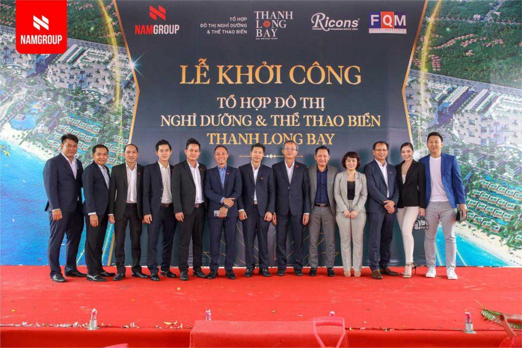 Ban Lanh Dao Nam Group Va Cac Giam Doc San Nam Land Chup Anh Luu Niem Tai Buoi Le 1024x683